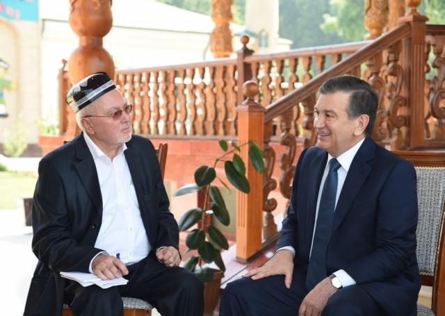 Президентимиз Шавкат Мирзиёев Фарғонадаги Нуронийлар масканига ташриф буюрди