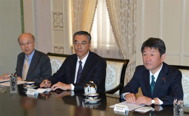 Ўзбекистон Президенти Оқсаройда Япония вазирини қабул қилди